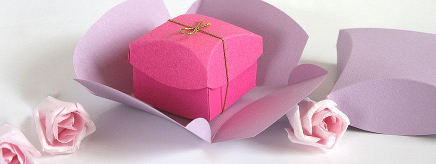 Geschenkschachtel-Kisha, Deckel und Bodenschachtel, Design plus prämiert