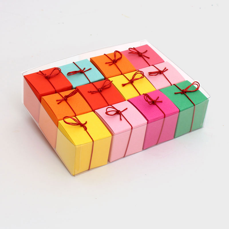 Geschenkschachteln-12-St.,8 Farben, Wuerfel 4x4 cm